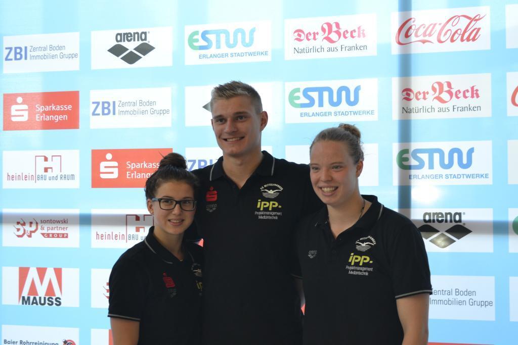 Die drei Teilnehmer der SG Mittelfranken an der JEM: v.li.: Marie Graf, Konstantin Walter und ich