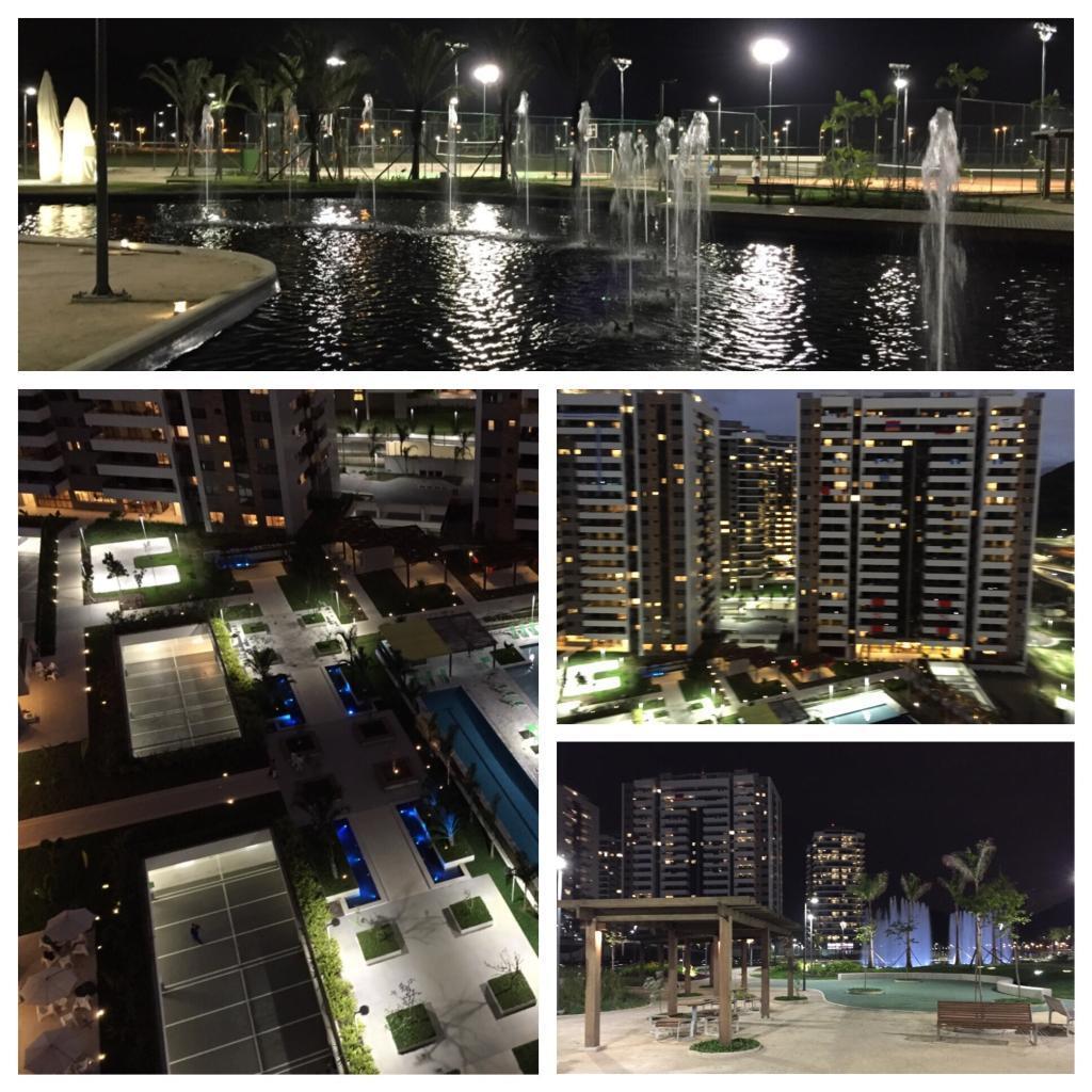Das Olympische Dorf bei Nacht