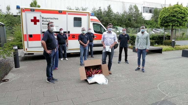 Bayrisches Rotes Kreuz Spende von 200 Faceshields für das Bildungszentrum Nürnberg